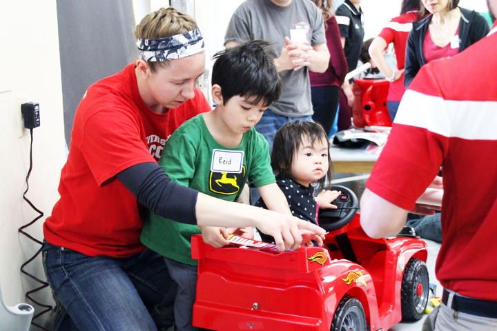 Students modify a car for physically impaired children